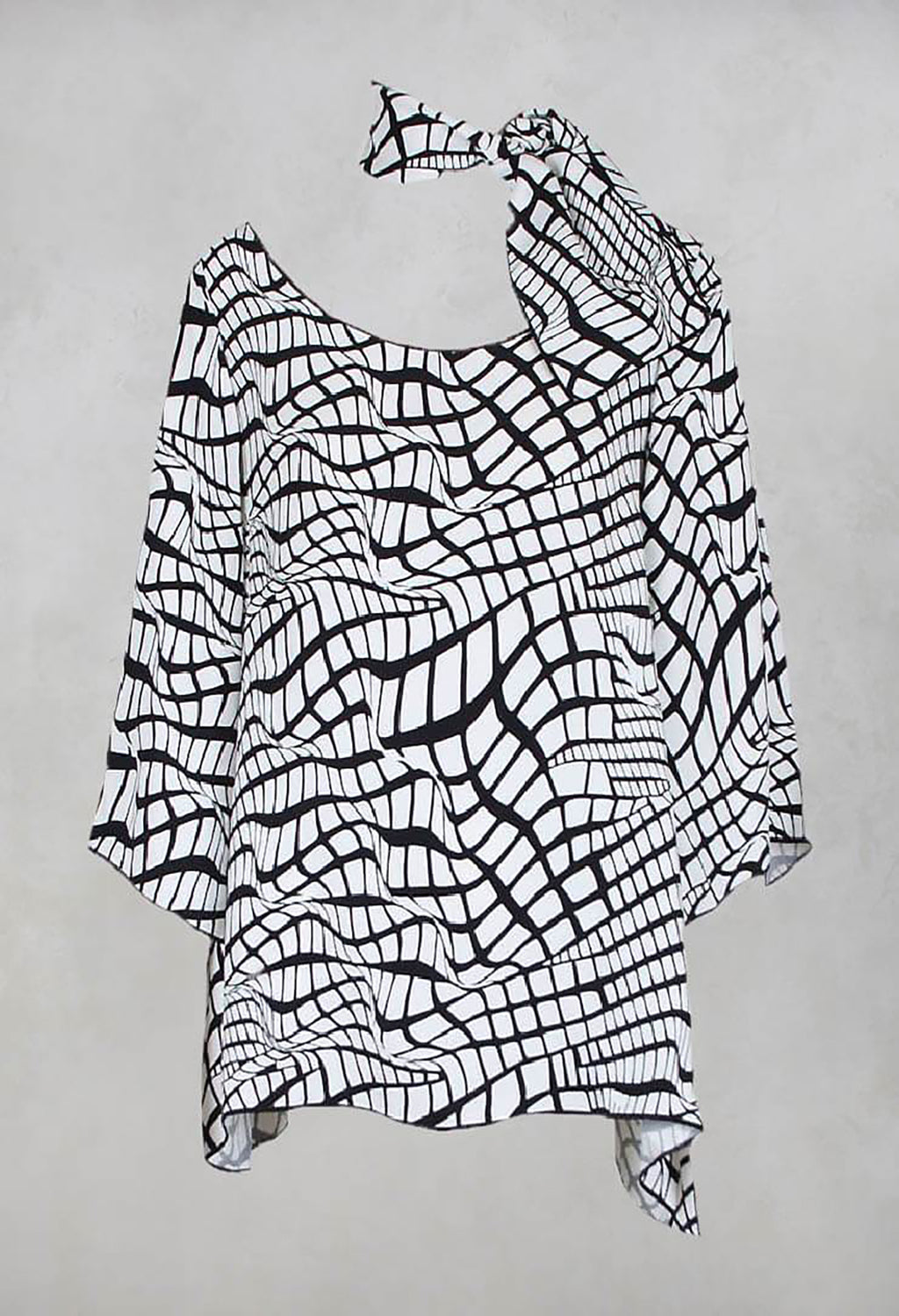 Cruz Printed Shirt with Scarf in Black/White Print