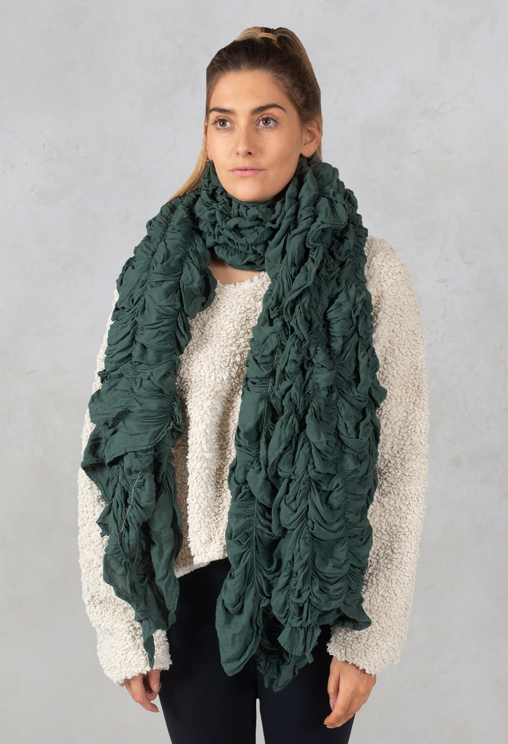 Elasticated Scarf in Springen
