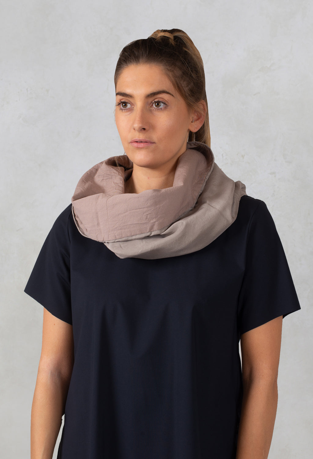 Silk Snood in Hemd