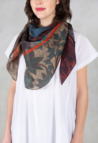 Sqaure Scarf in Marble Flowers Multicolor