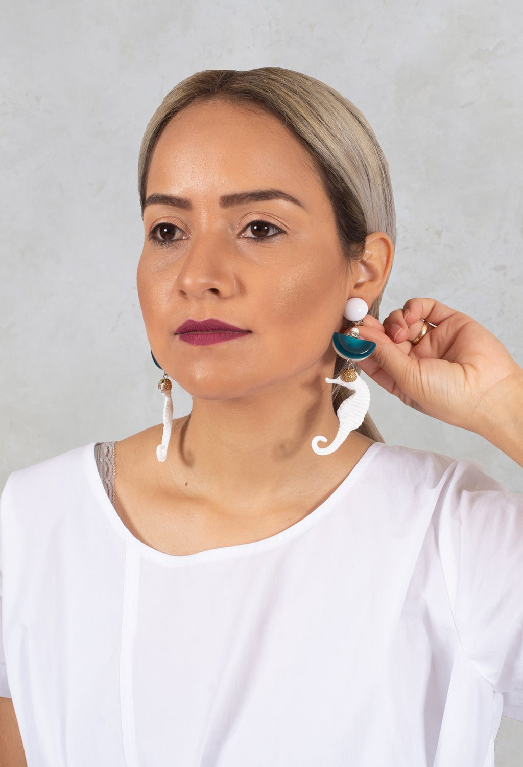2 Part Eardrops in White
