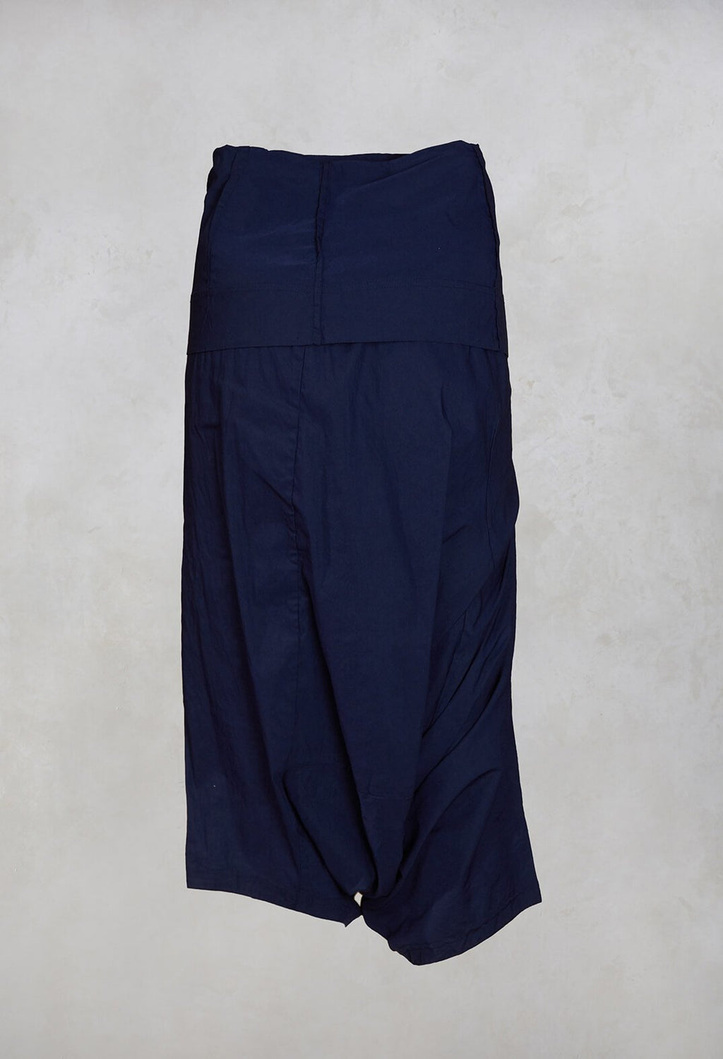 3/4 Drop Crotch Trousers in Blue