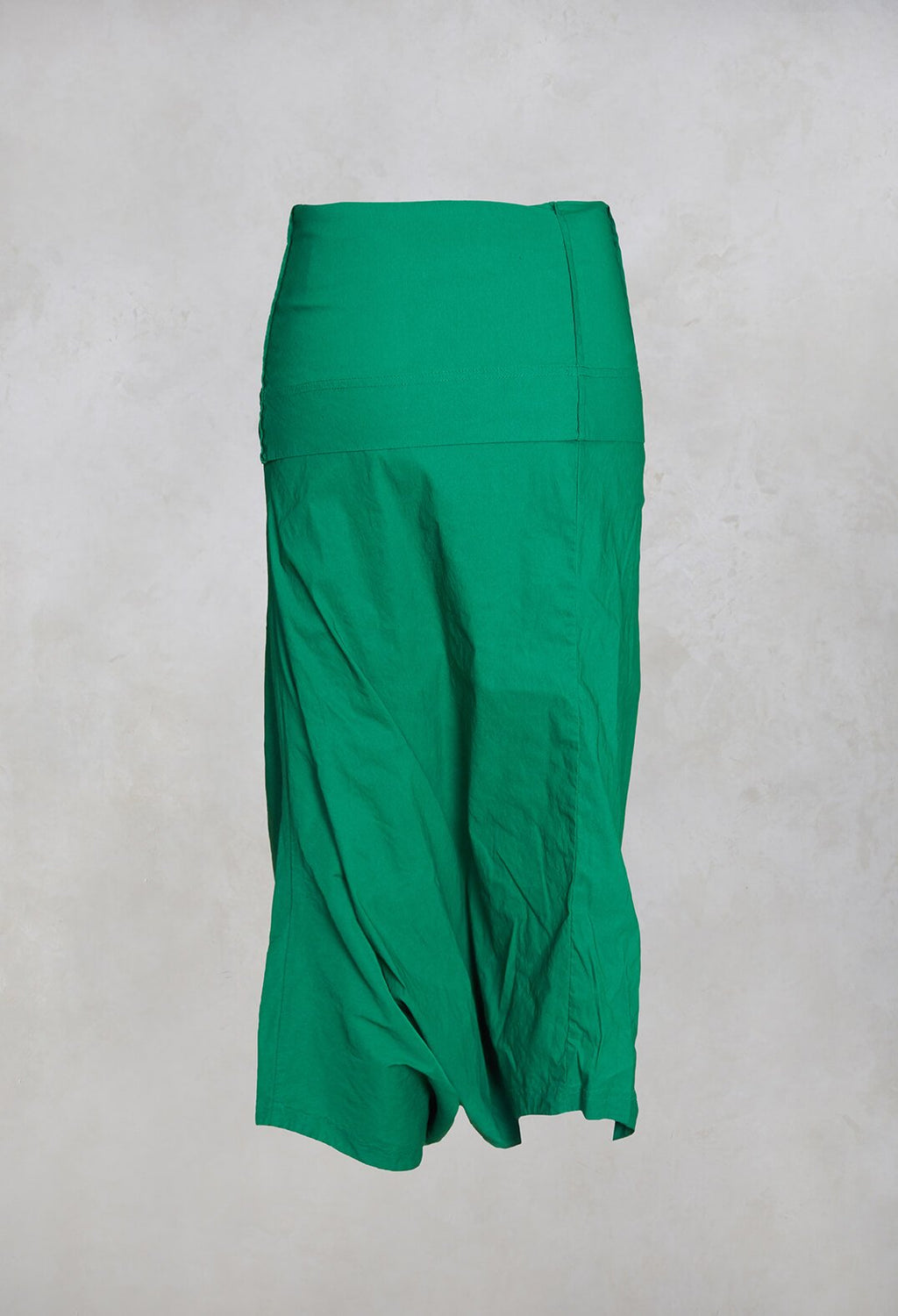 3/4 Drop Crotch Trousers in Green