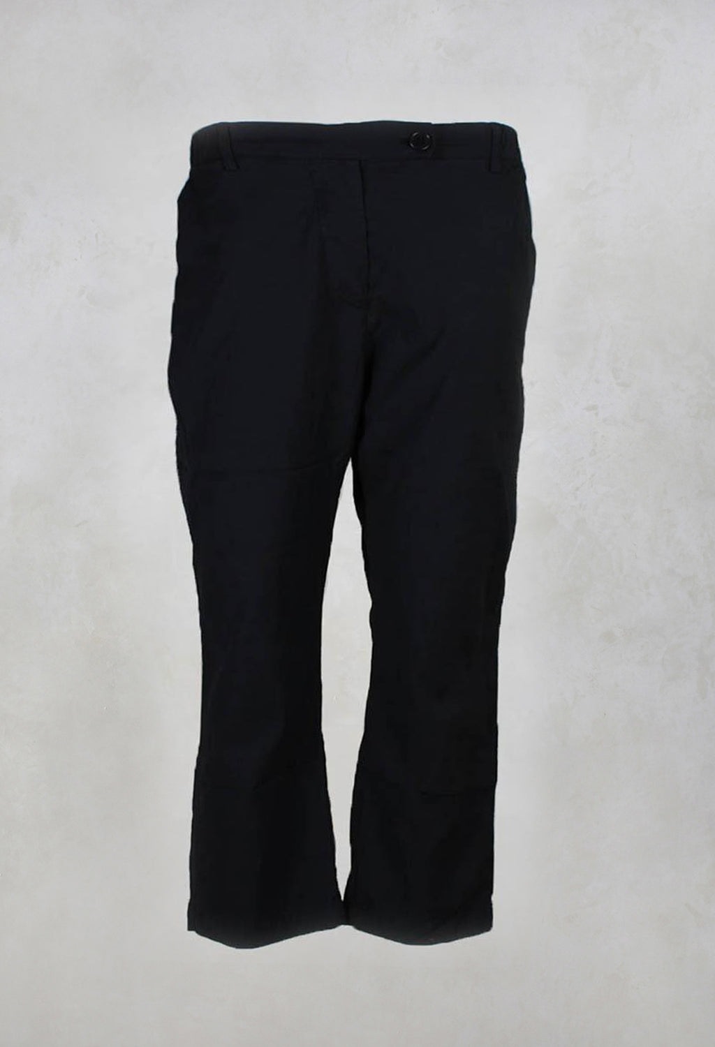 Hollie Ankle Grazer Trousers in Black
