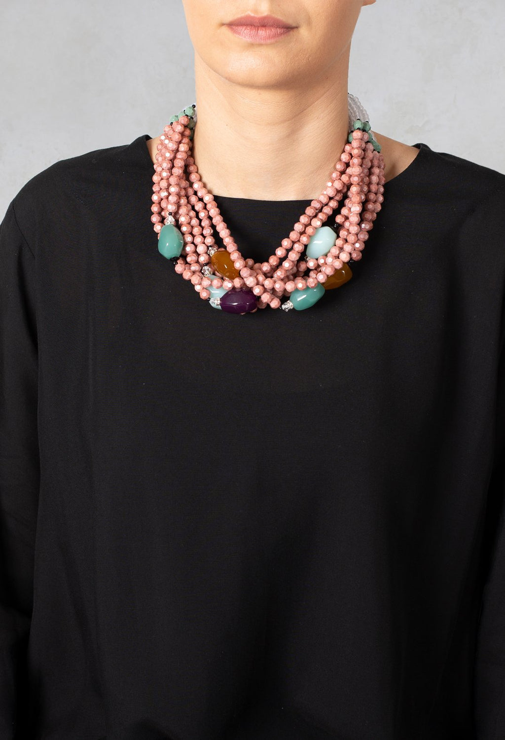 Acqua Twisted Oval Beads Necklace in Pink