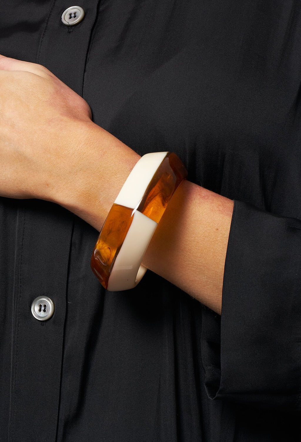 Bangle in Beige / Amber