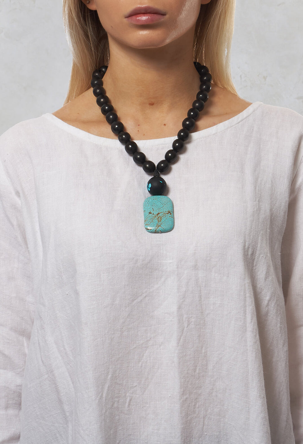 Beaded Pendant Necklace in Black / Turquoise
