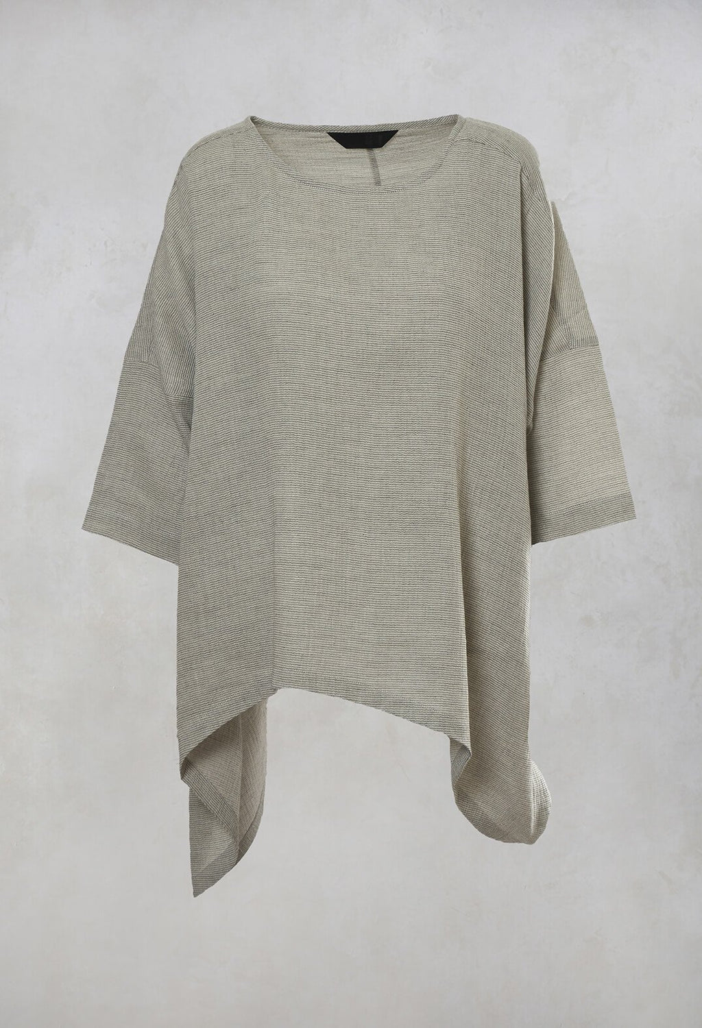 Boxy Top in Monotone
