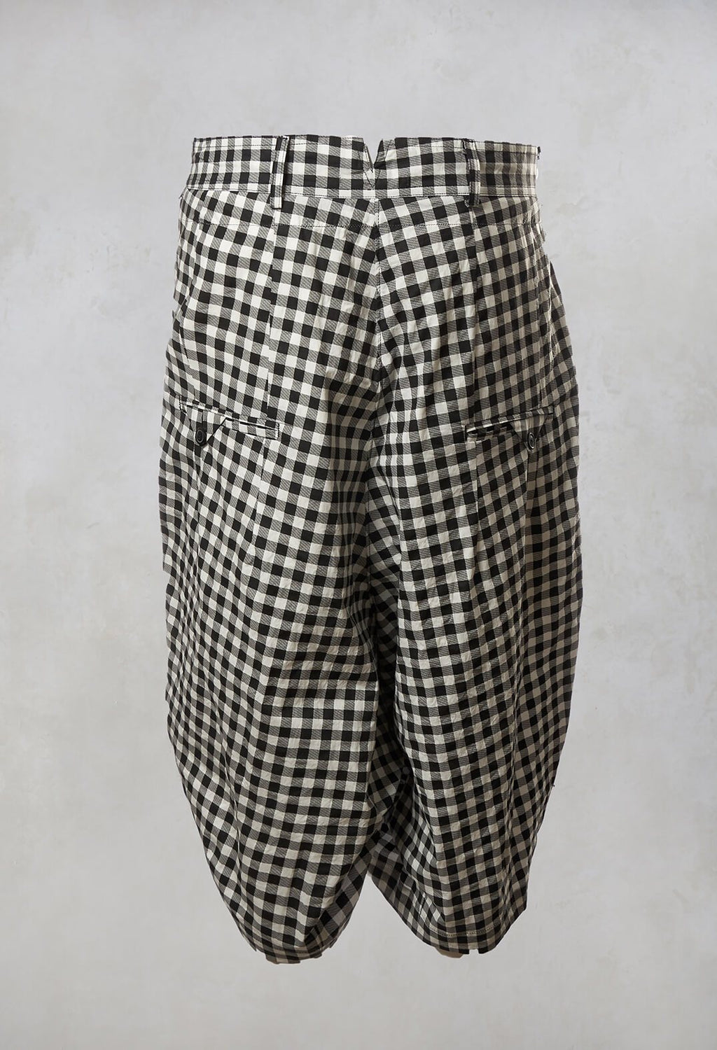 Checked Cropped Trousers in Black Print