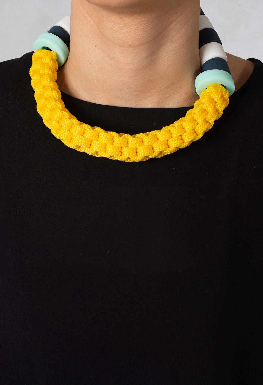 Choker in Lemon