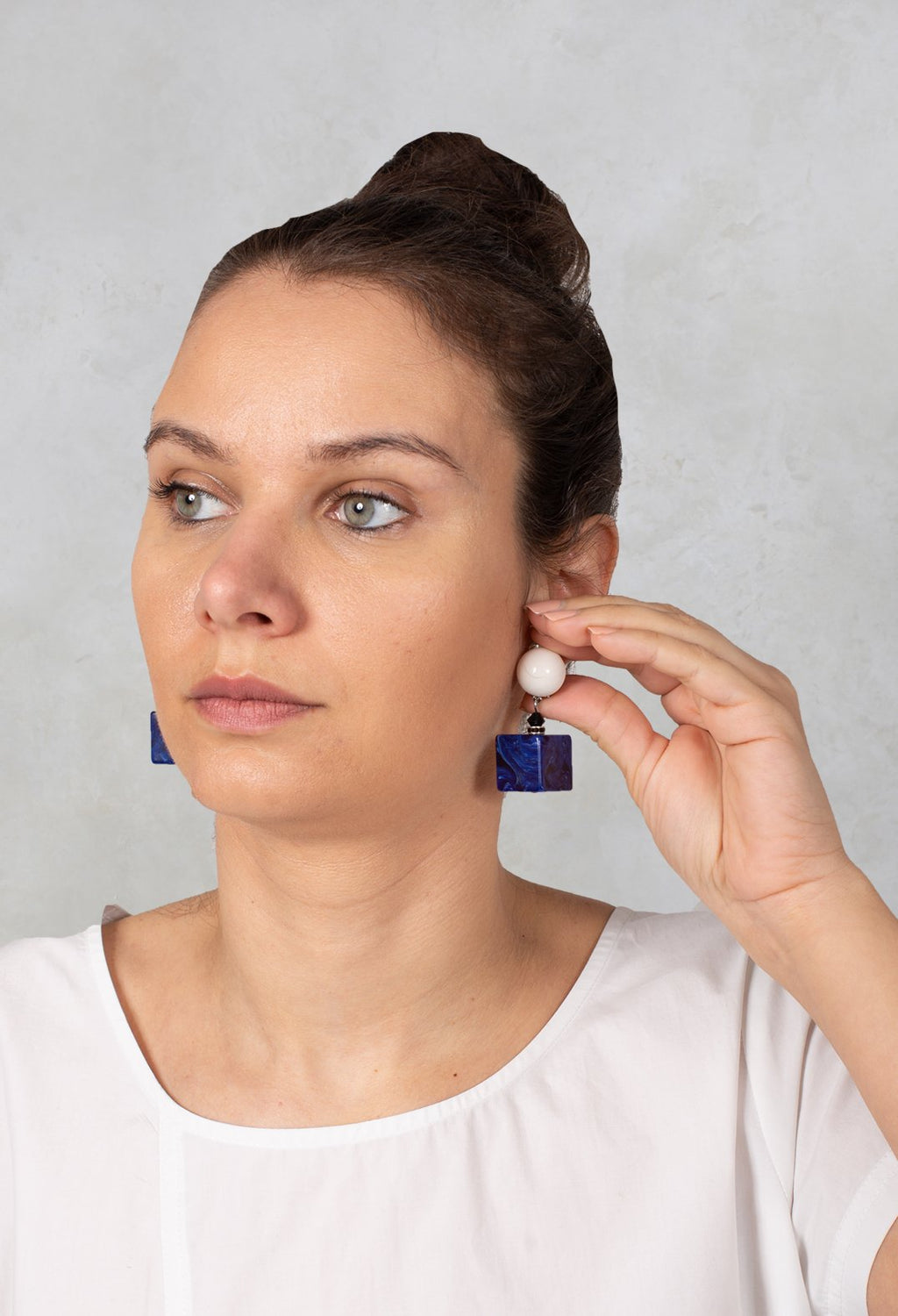 Cube Part Eardrops in Blue