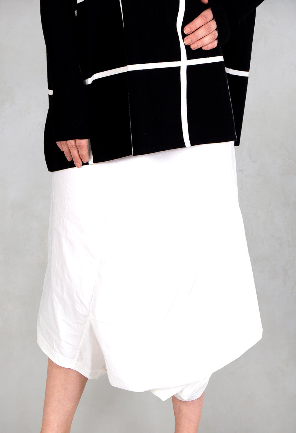 3/4 Drop Crotch Trousers in White