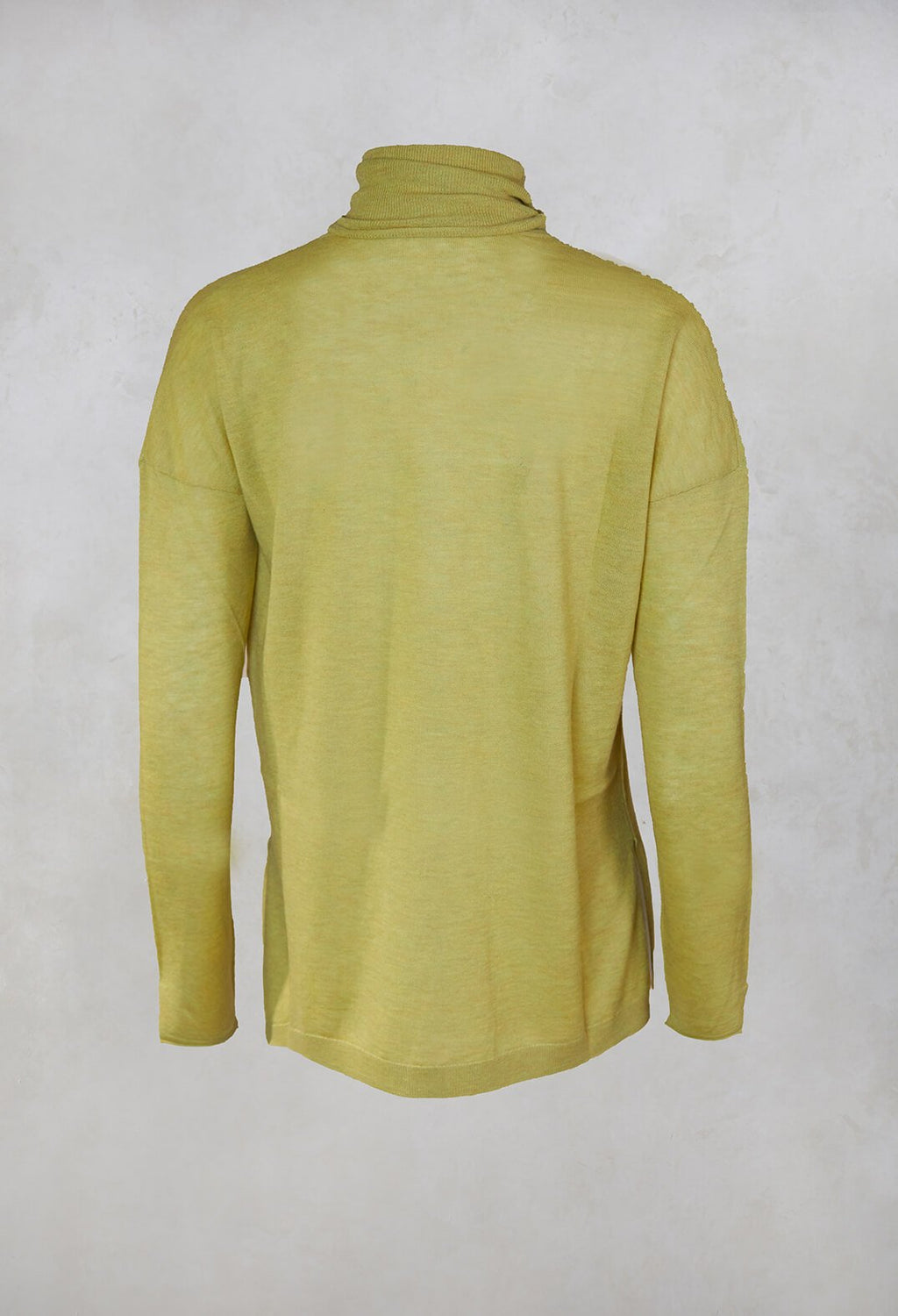 Fine Knit Turtleneck Top in Verde Cedro