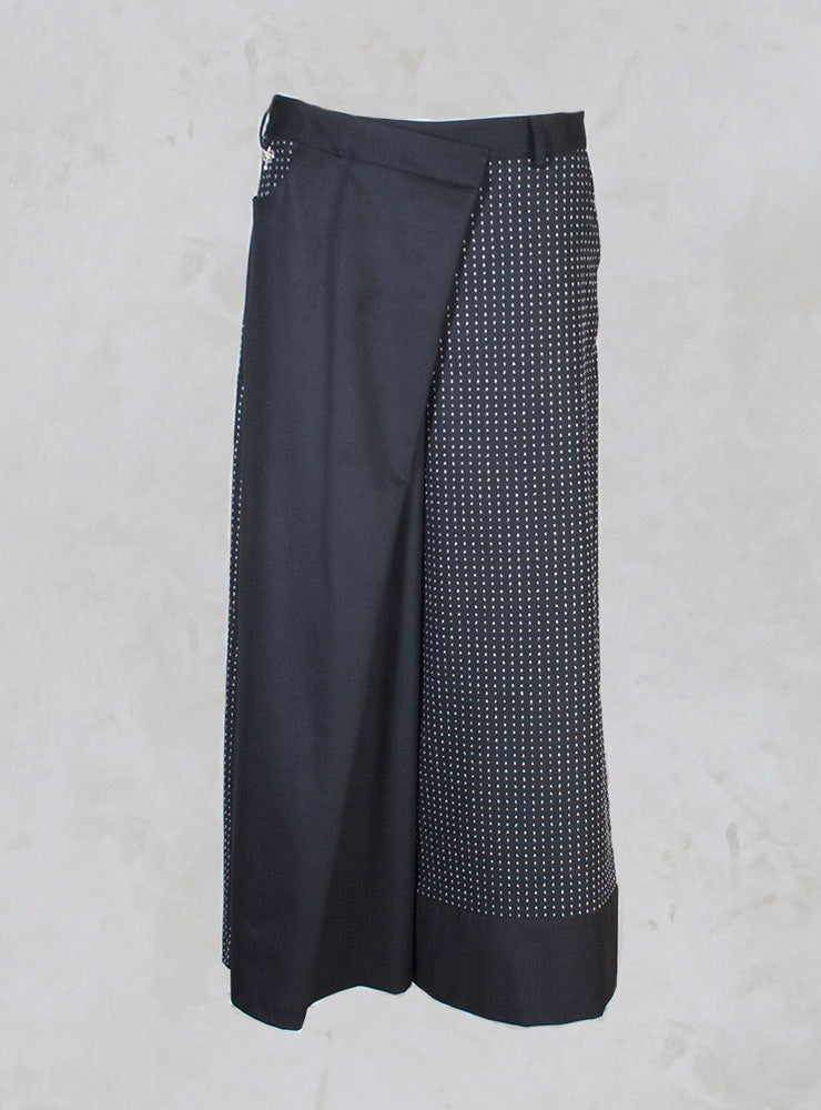 Wide Leg Trousers with Pattern in White/Black