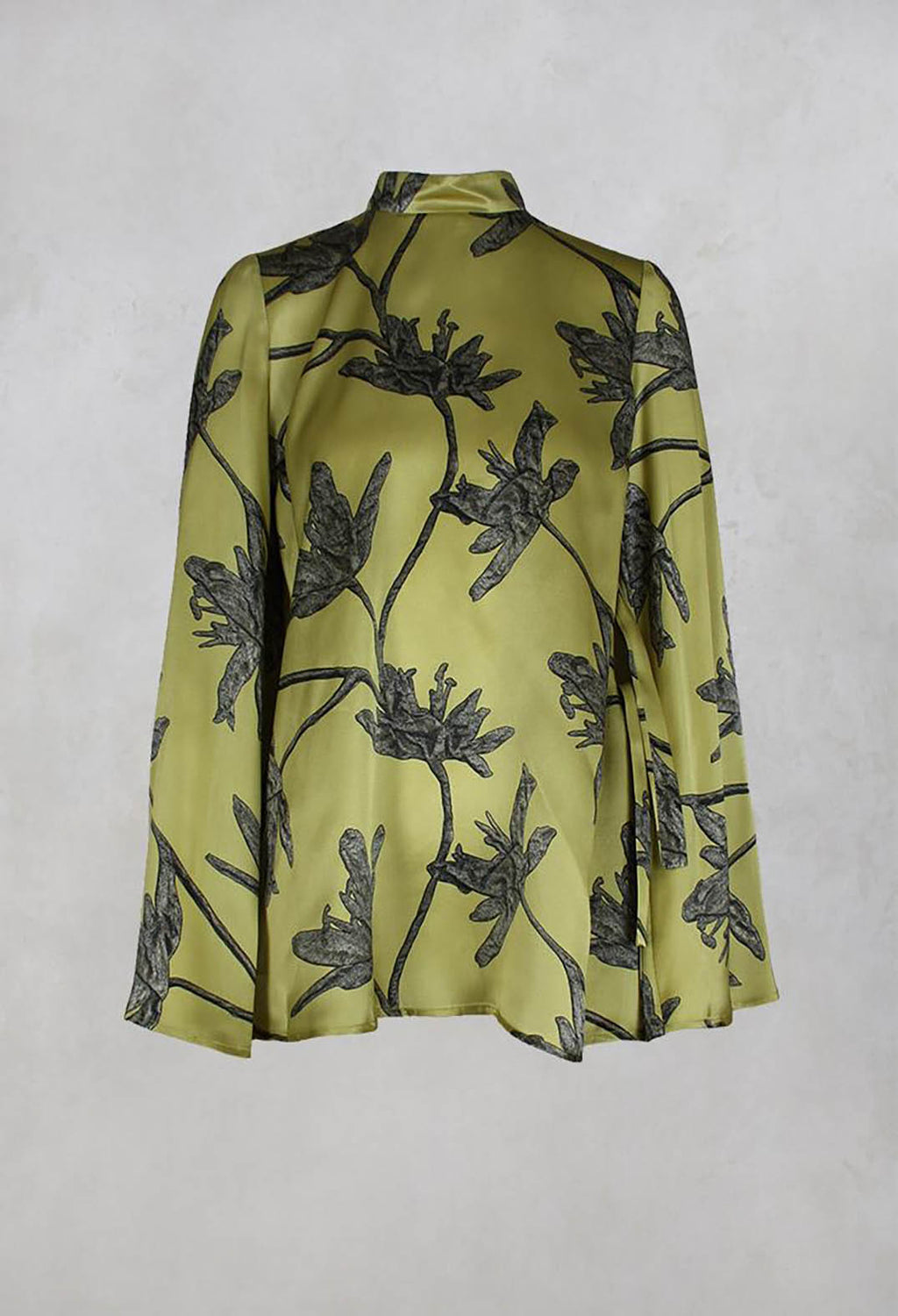 Antia Blouse with Stand Up Collar in Pistacchio