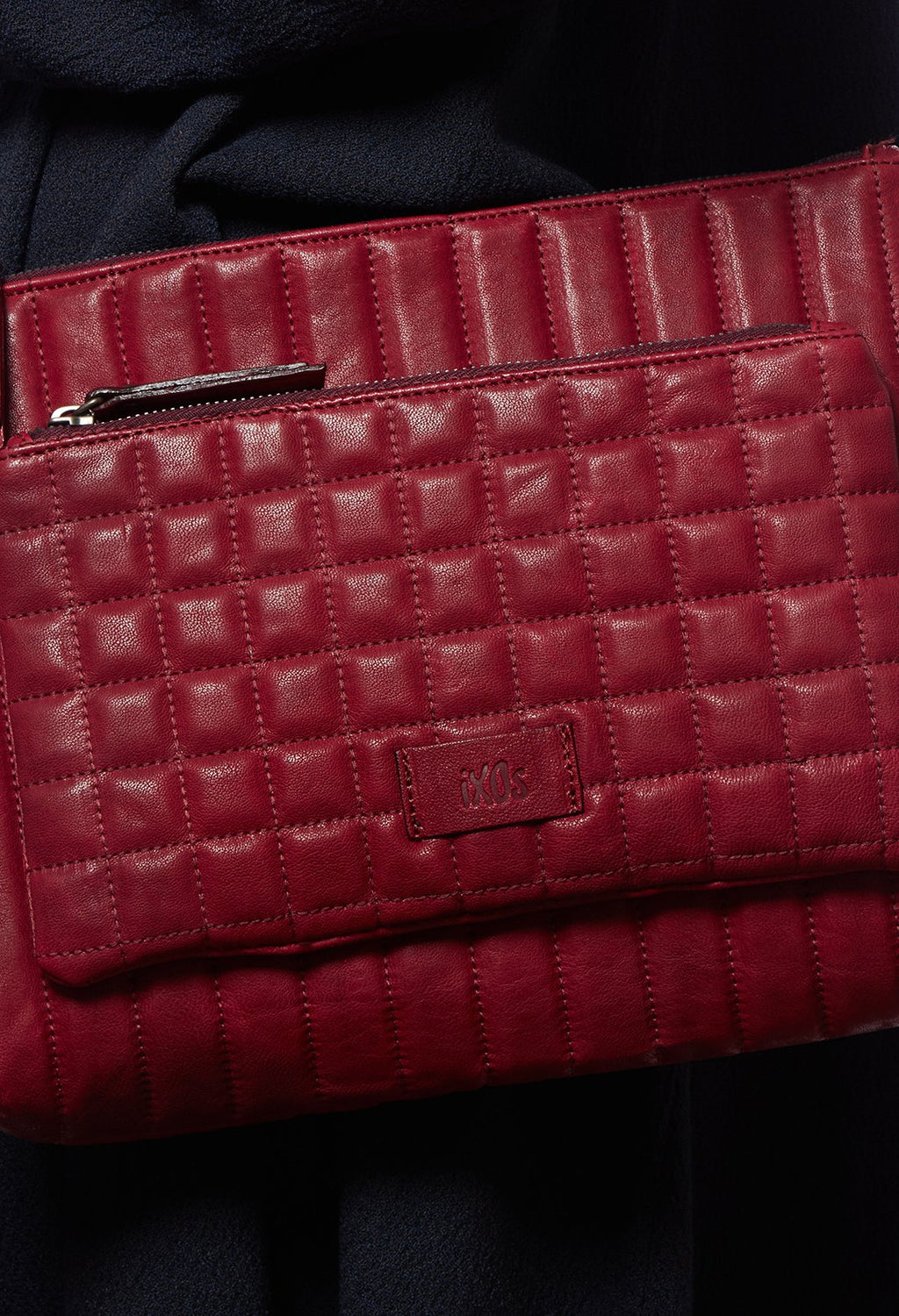 Leather Cross Body Bag in Bordeaux