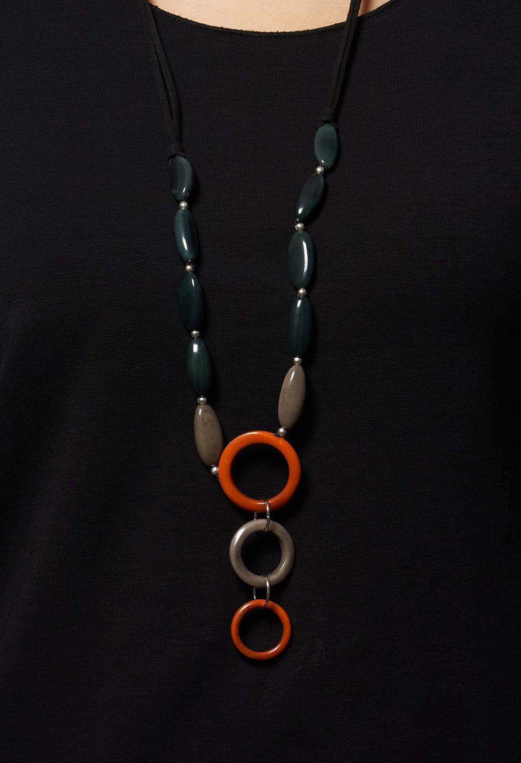 Long Beaded Necklace in Green