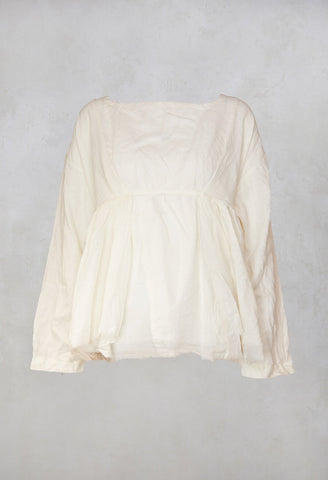 Meringa Top in Off White