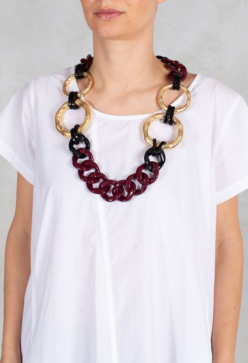 Necklace with Links in Burgundy and Gold
