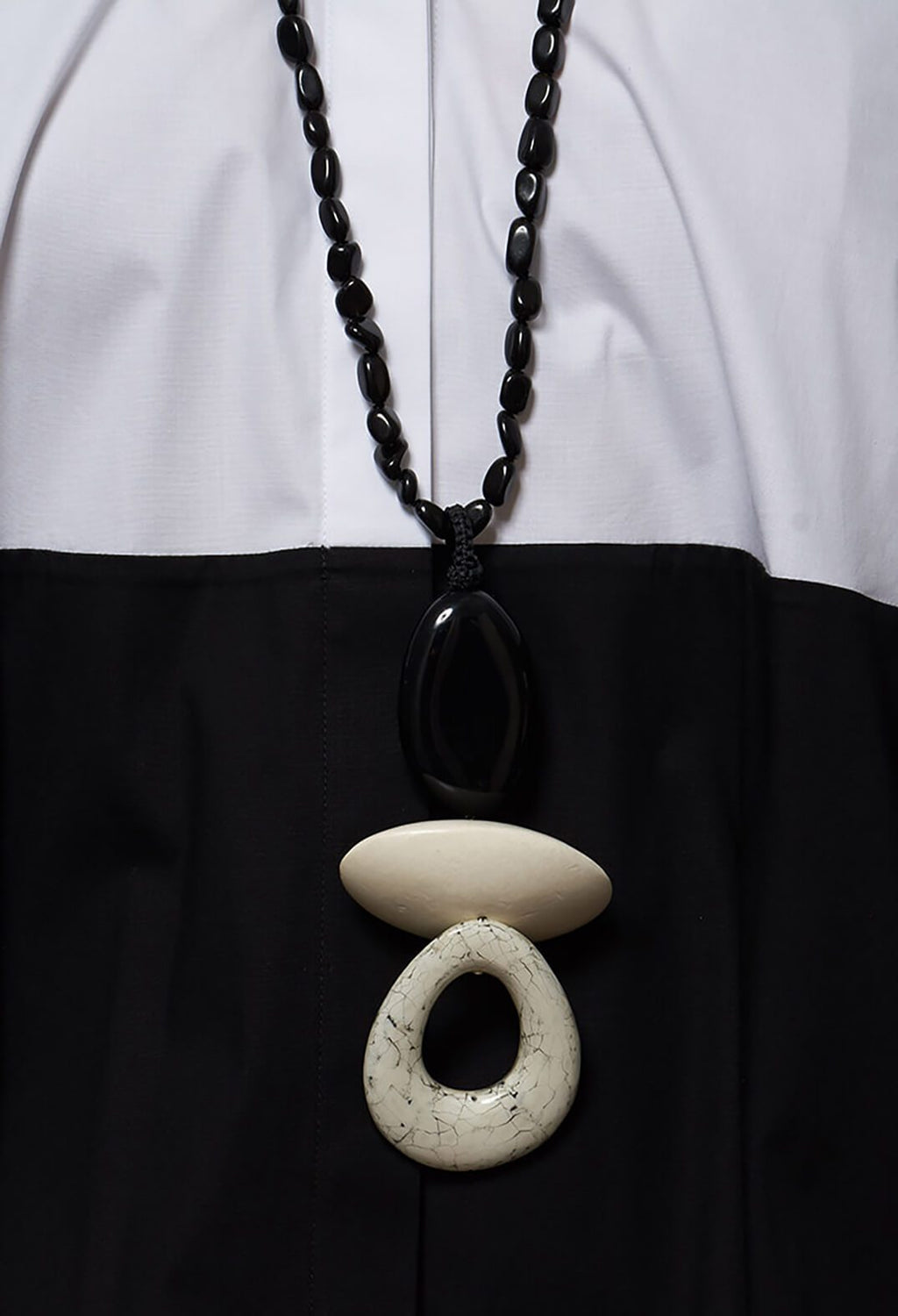 Onyx, Resin, Wooden Element and Egg Shell Element with Resin Necklace in Black
