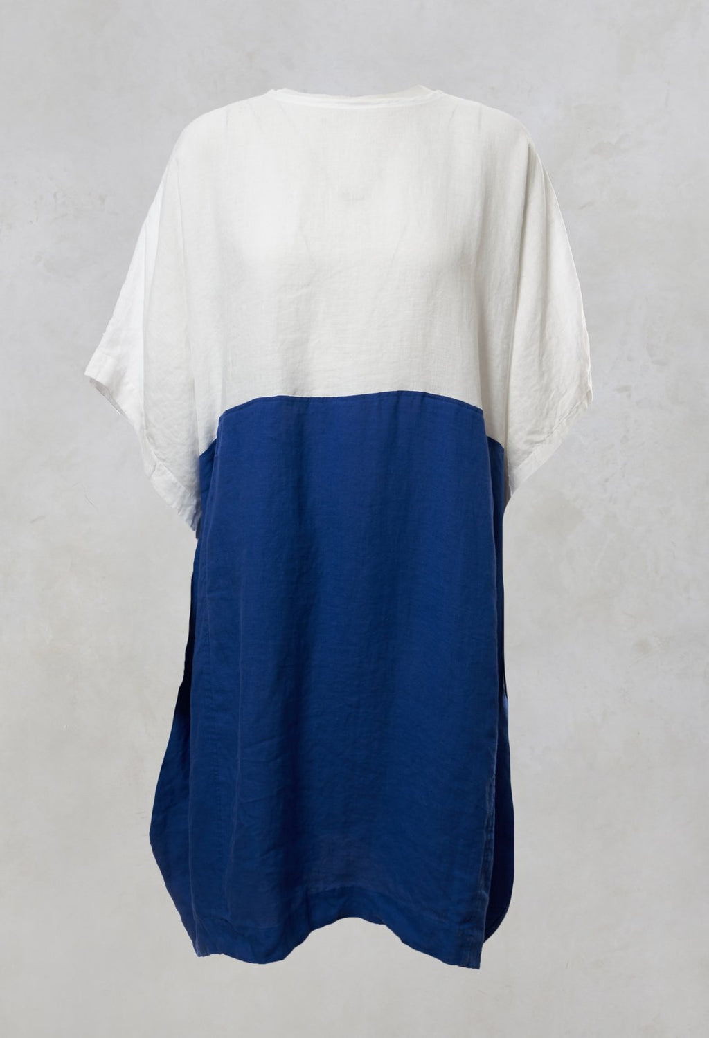 Oversized Dress in White / Blue