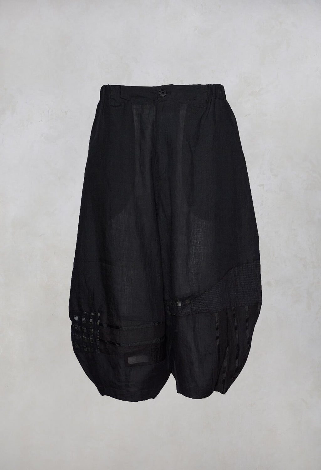 Peg Trousers in Black