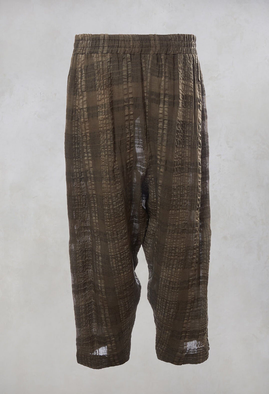 Peg Trousers in Brown