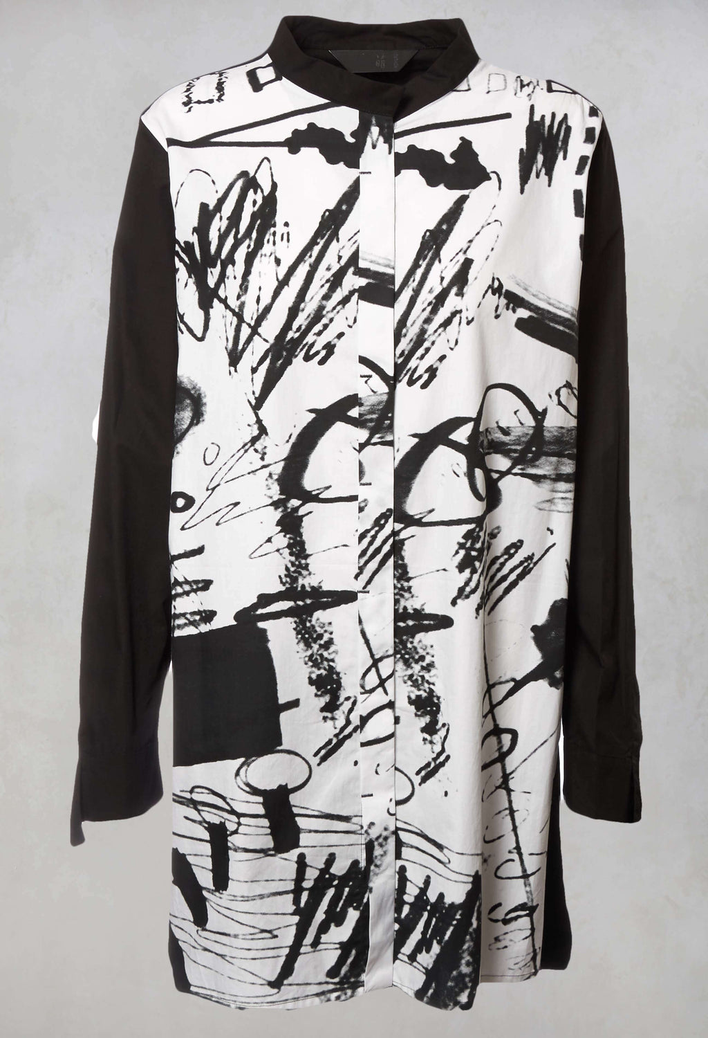 Printed Shirt in Black / White