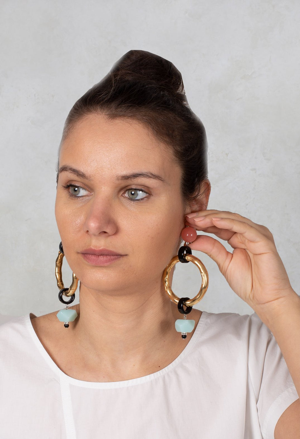 Ring and Part Eardrops in Gold