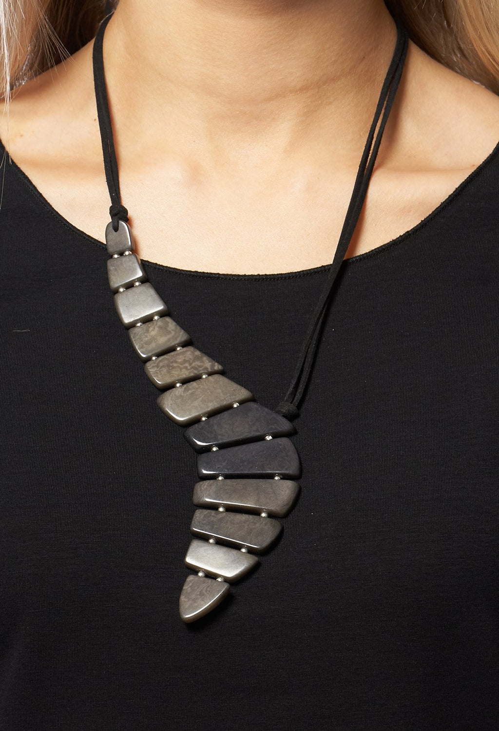 Ripple Pendant Necklace in Grey