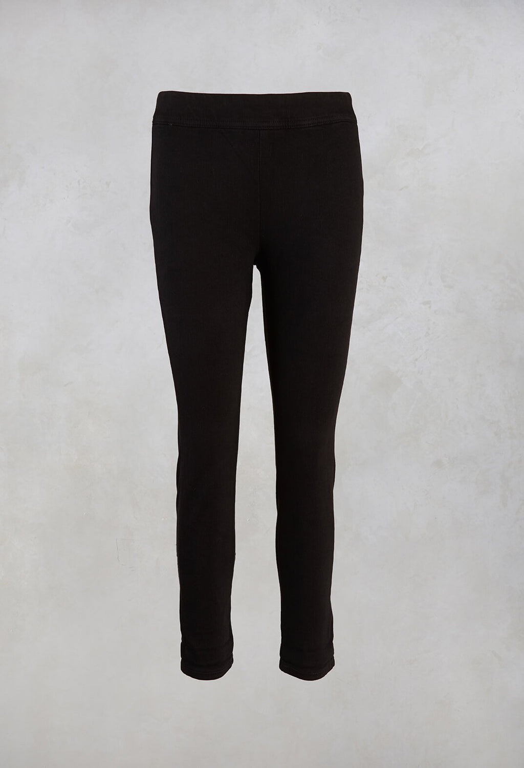 Short Leggings Calla in Black
