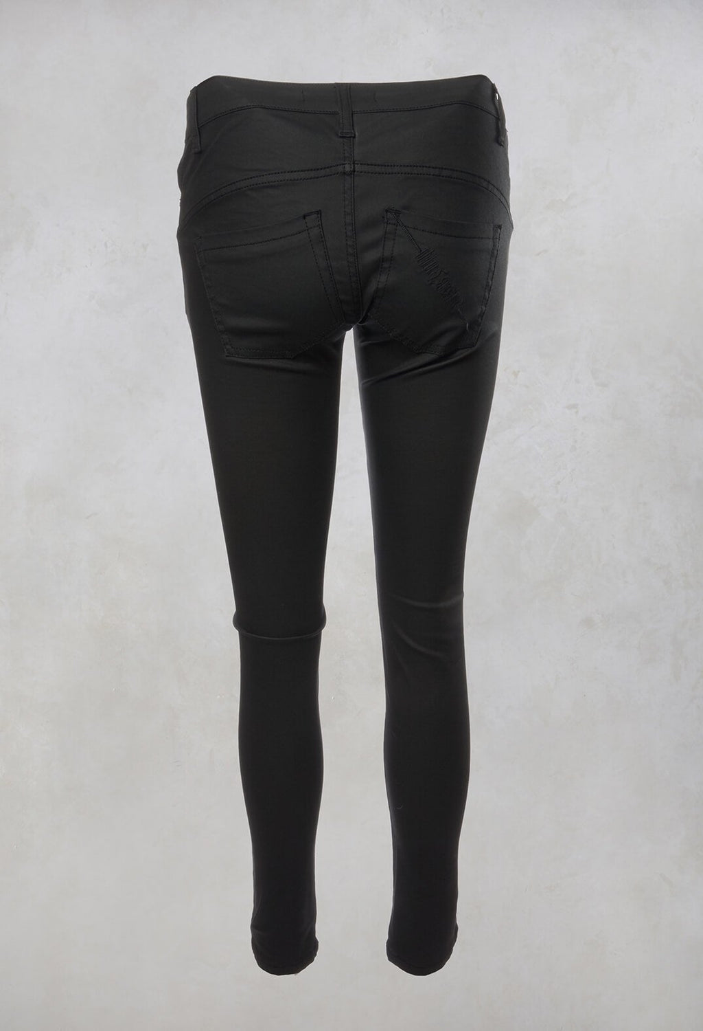 Skinny Soft Feel Jeans in Intrigue