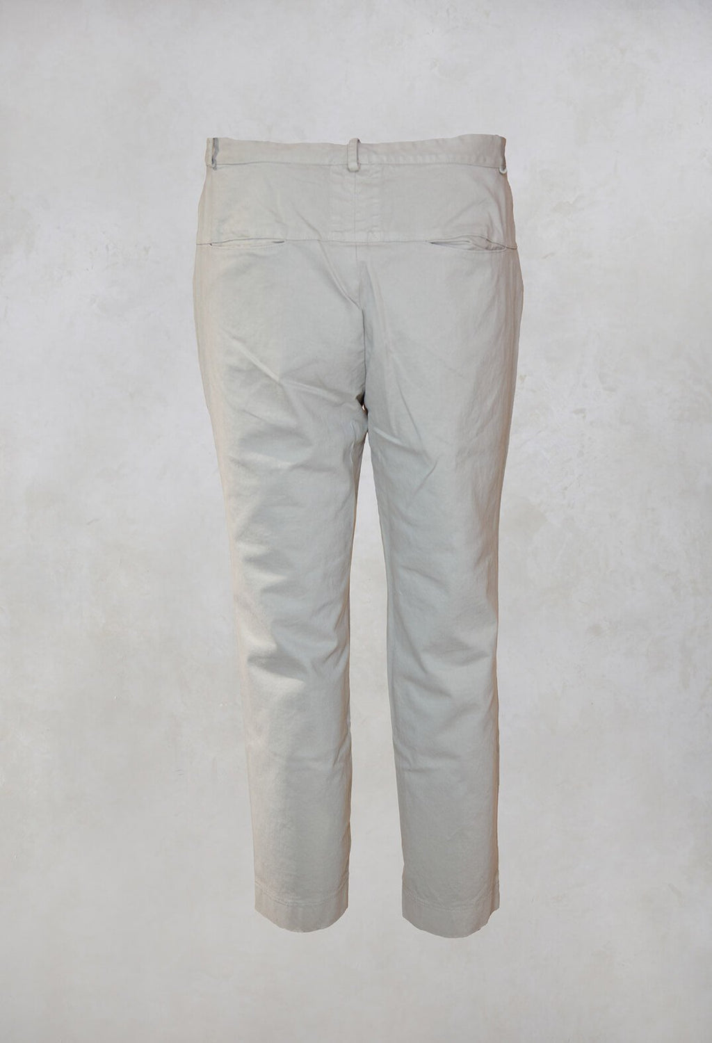 Straight Leg Trousers in Stagno