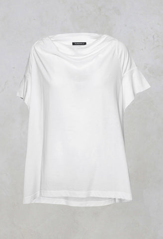 T-Shirt in White