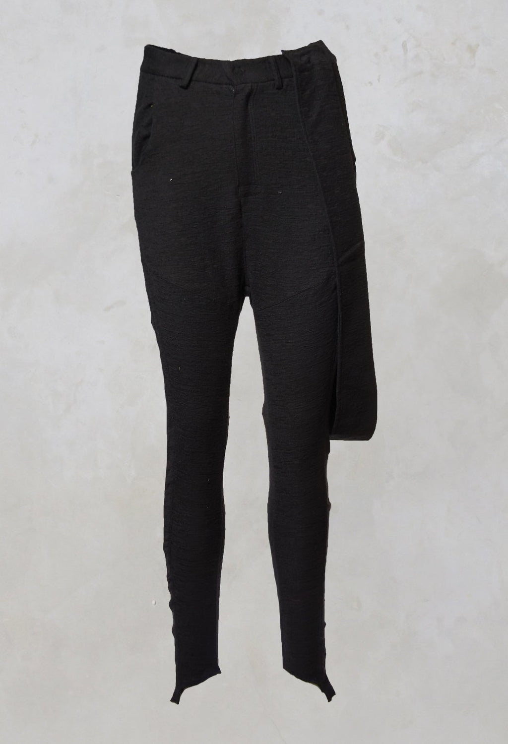 Tjuana Trousers with Suspenders in Black