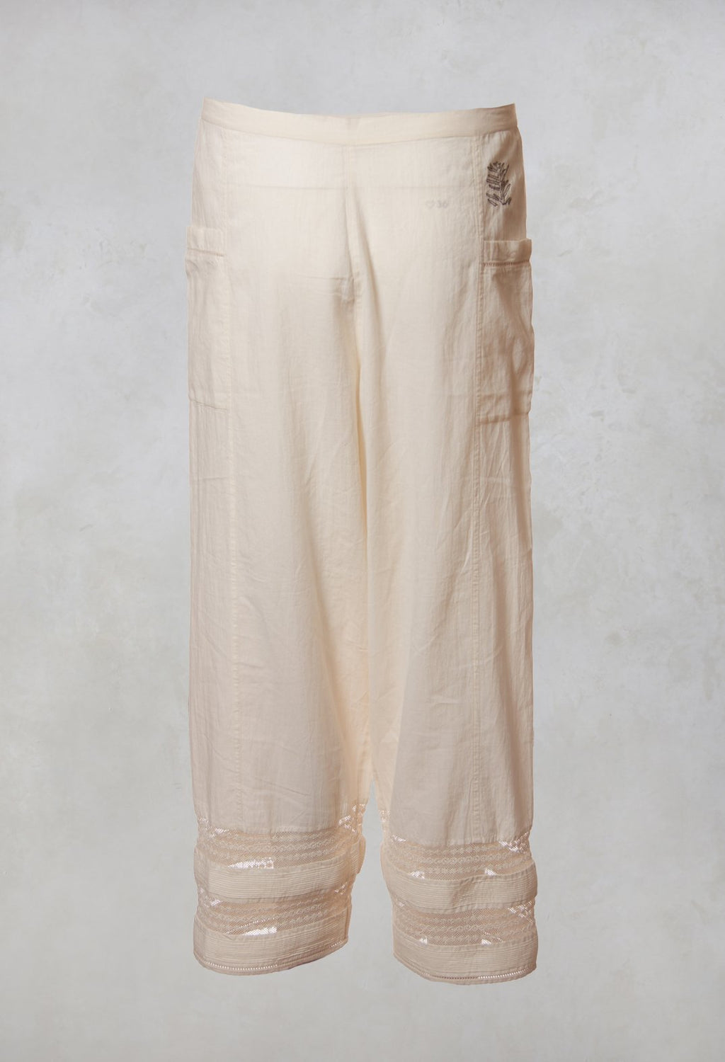 Trousers Elba Laces in Natural