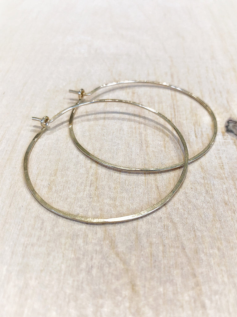 HAMMERED HOOPS- gold - Honey + Ice