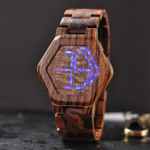 Montre en Bois <br/> LED Futuriste Marron