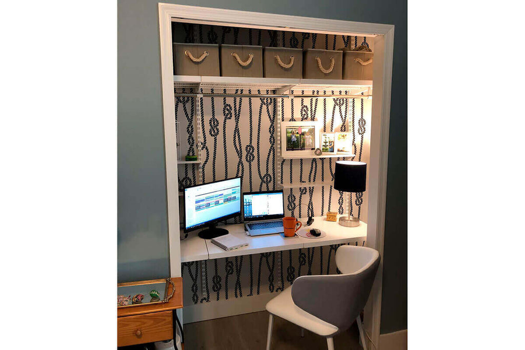 nook office decorated with nautical rope wallpaper, modern and new space.