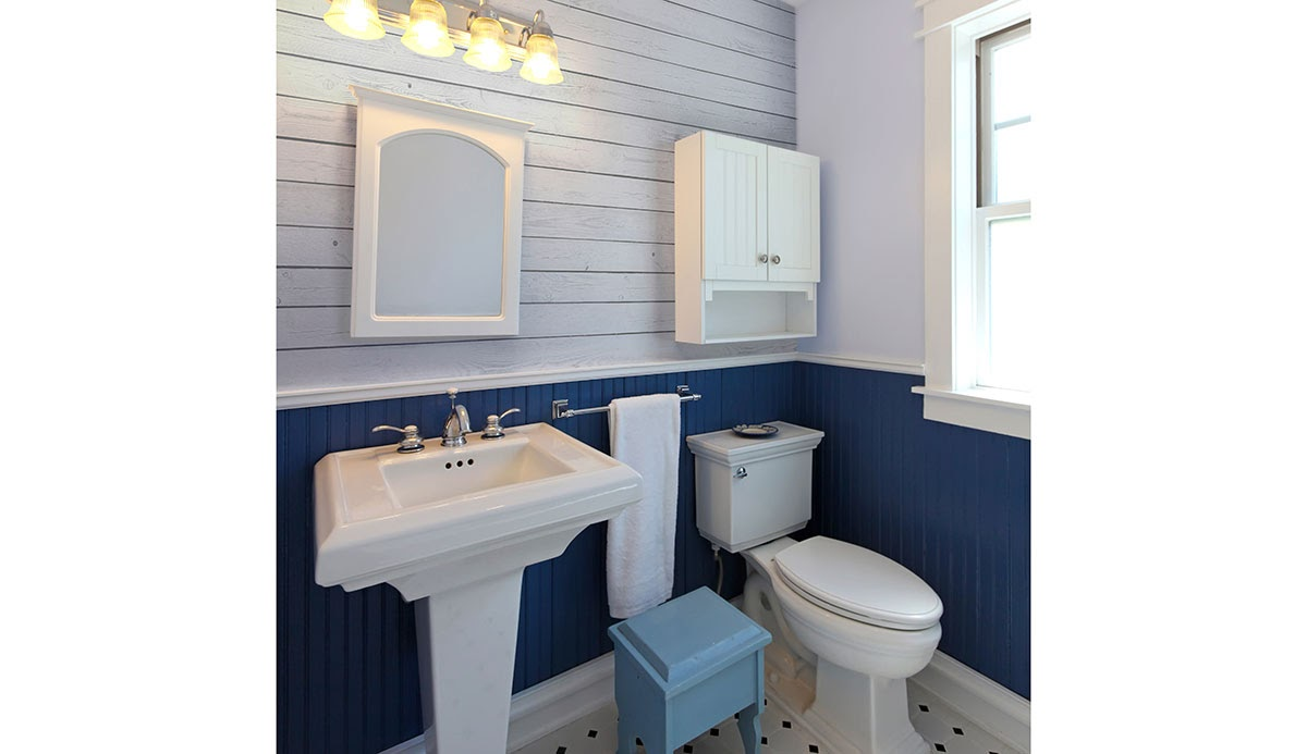 Blue and white shiplap in a bathroom