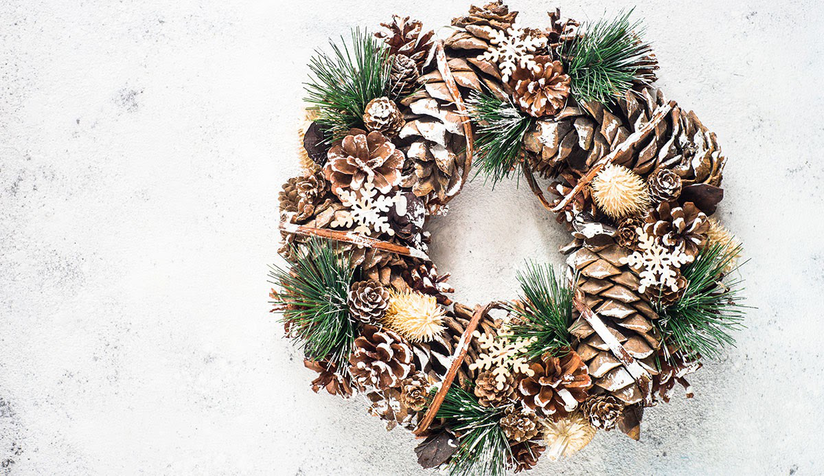 A nature inspired Christmas decor wreath