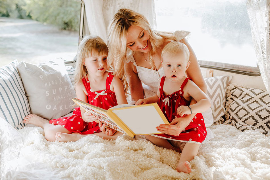 woman-with-two-baby-girls