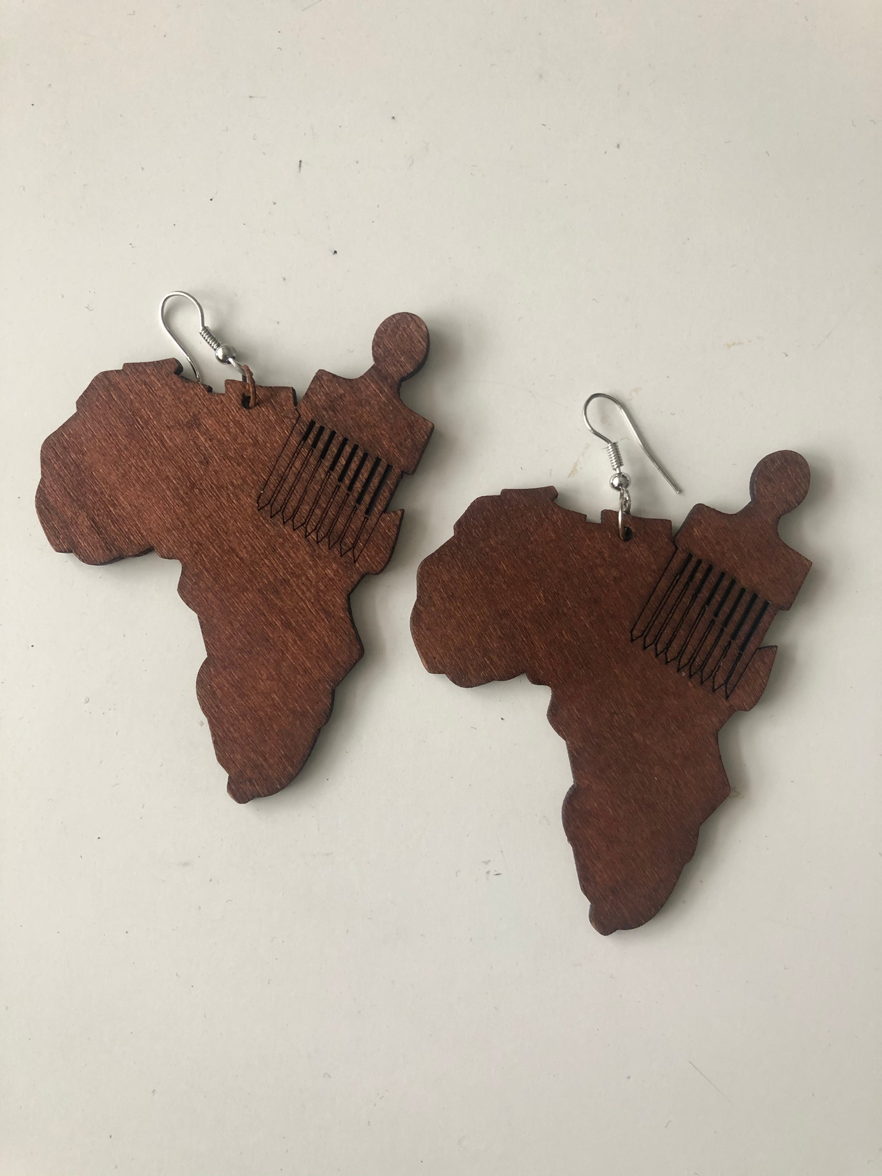 Afro comb over Africa earrings