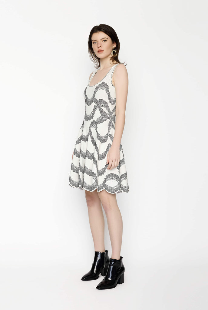 Big Fashion Sale Alexander McQueen Wave Dress