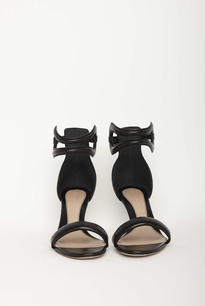 Big Fashion Sale Alexander McQueen  Leather Sandal Goya  Black Gold