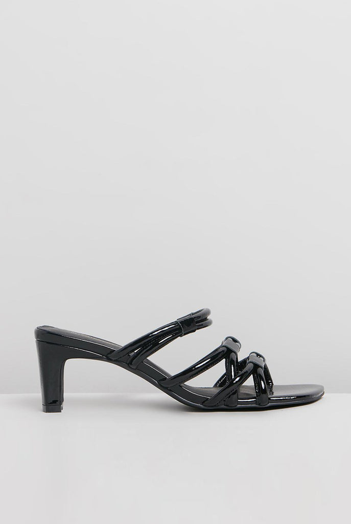 Willow II Sandal Black