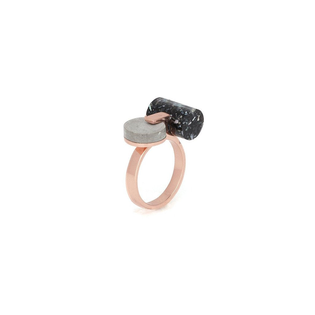 Studio Elke - Resonance Ring - Dark Granite
