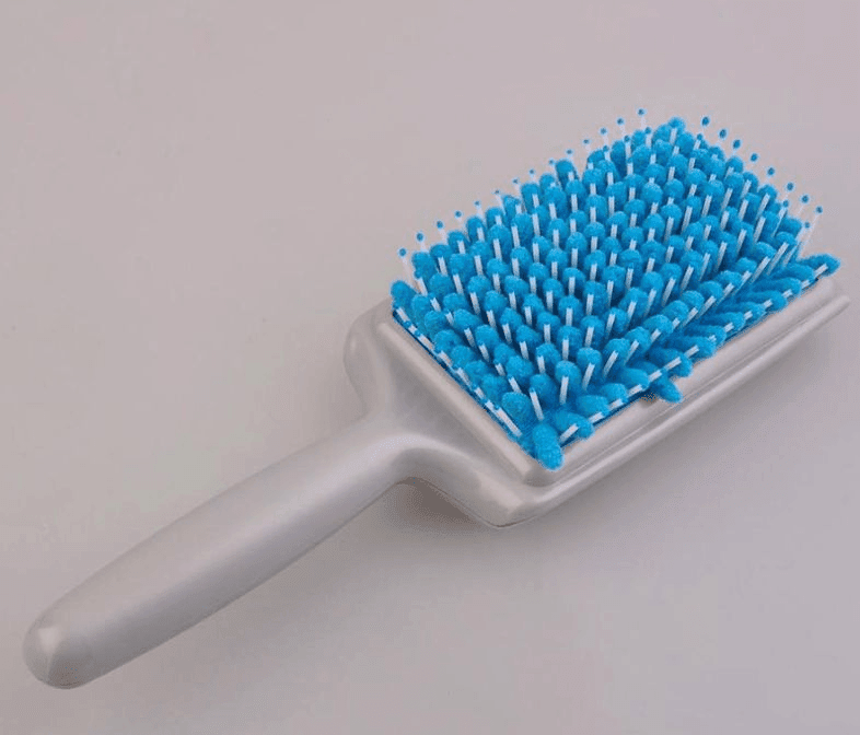 Quick-Dry Microfiber Hair Brush