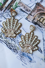 Load image into Gallery viewer, Treasure Jewel Seashell Earrings
