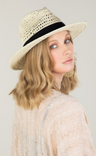 Load image into Gallery viewer, Classic Natural Panama hat